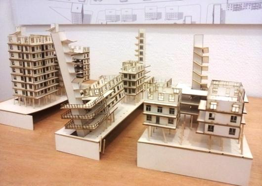 מה הקטע של לבנות בניין פיזה?