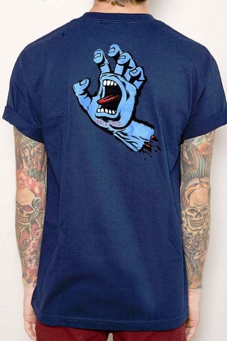 האם הבנזוג יסכים ללכת עם החולצה הזו?