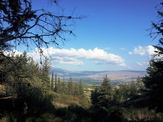 הנוף לעמק החולה והרי הגולן