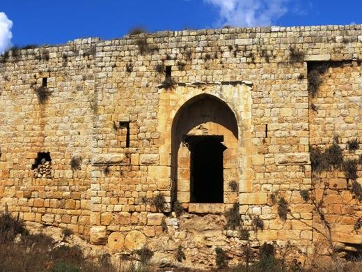 אציל שיעי מקומי חידש המבצר במאה ה-18