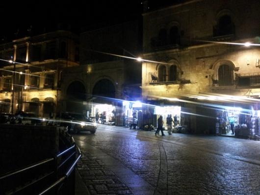 כיכר עומר אבן אל ח'טאב, בין מגדל דוד לשער יפו