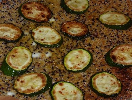 קלתית קינואה: כמו פיצה, רק הרבה יותר בריא