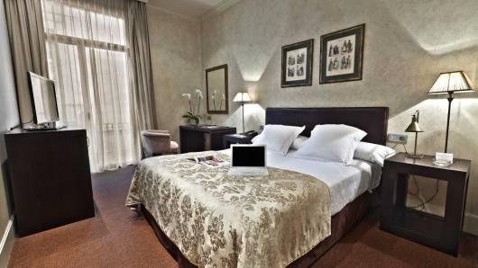 דווקא כשמזמינים לבד יש ביטחון שתקבלו מה שרציתם hotel Duquesa de Cardona Barcelona