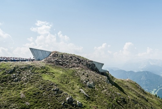 Messner mountain museum מוזיאון בתוך ההר
