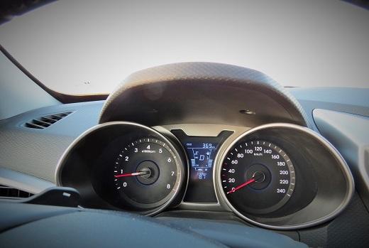 """יוצאים לדרך. צריכת הדלק הממוצעת: 12-13 ק""""מ לליטר"""