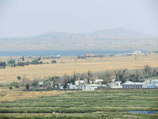 תצפית לעבר מאגר קוניטרה, סוריה