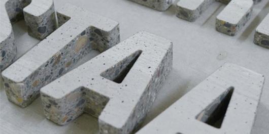 האותיות של Anthony Concrete Design. מה השימושים הפוטנציאליים?