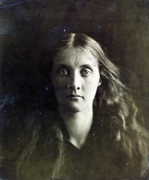 Julia Jackson - Julia Margaret Cameron 1867 Victoria and Albert Museum London