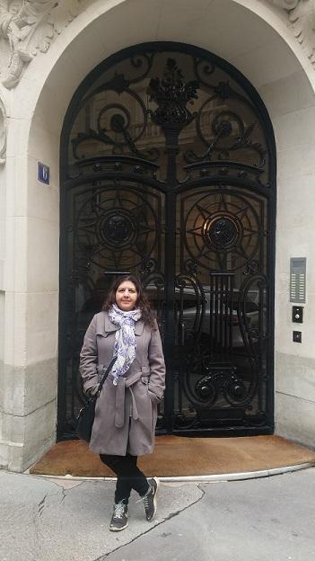 דלת פריזאית מפורזלת. אפריל 2016