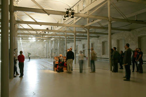 Playing the Building, Färgfabriken, Stockholm, Sweden, 2005. http://www.davidbyrne.com/