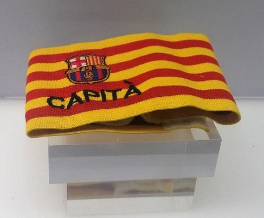 סרט הקפטן של פויול במשחק ב-16.5.10 שהסתיים בניצחון של בארסה 4:0 על ויאדוליד. מוזיאון קבוצת הכדורגל ברצלונה