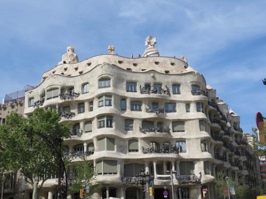 עסקים זה לא כאן. גאודי, לעומת זאת, לגמרי כן. קאסה מילה בברצלונה (צילום: גלית חתן)