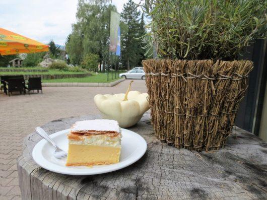 עוגת בלד – סוג של קרמשניט עם 'טעות' באפייה