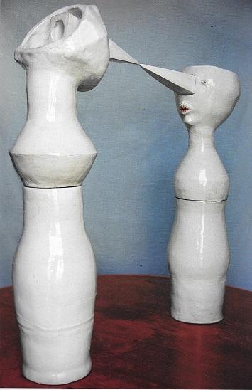 """פינוקיו ופינוקיה מתוך מיצב במוזיאון פינוקיו, 2003. """"פיתחתי תיאוריה שלורנציני הושפע מפסלים של צלמיות אטרוסקיות שגם להן אופי מחודד"""""""
